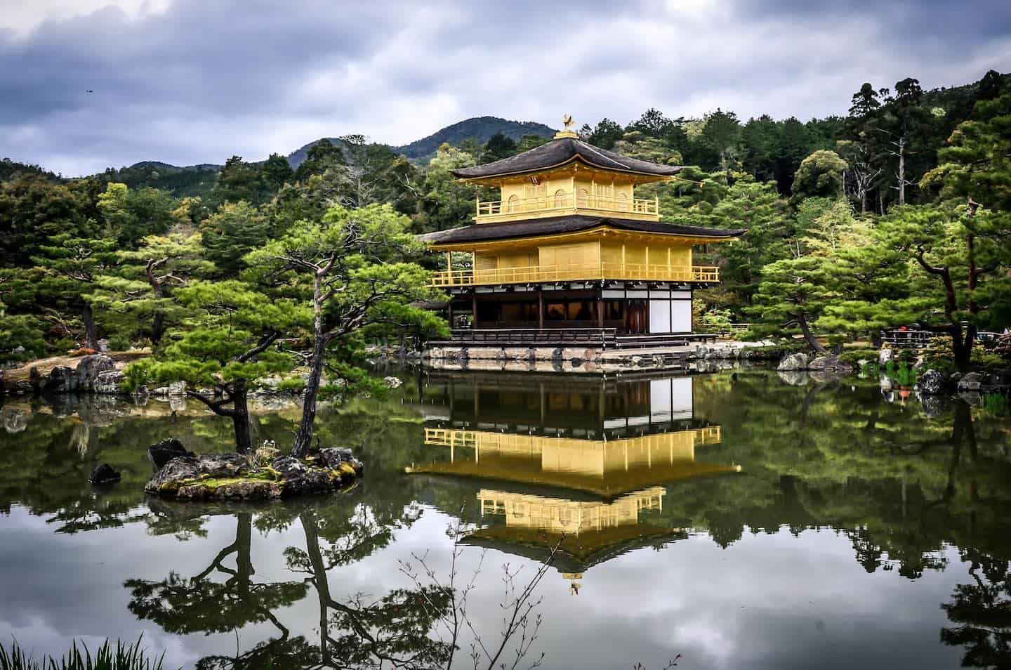 Goldener Tempel in Kyoto, Japan