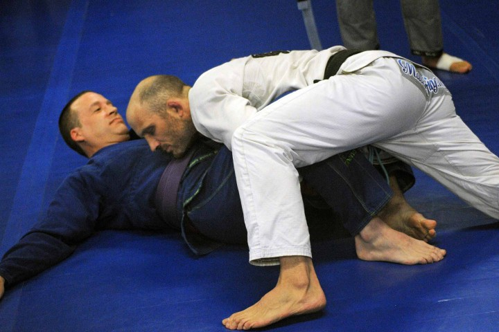 Brazilian Jiu Jitsu Training Übergang in eine andere Position