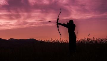 Kampfsportwaffen – Pfeil und Bogen