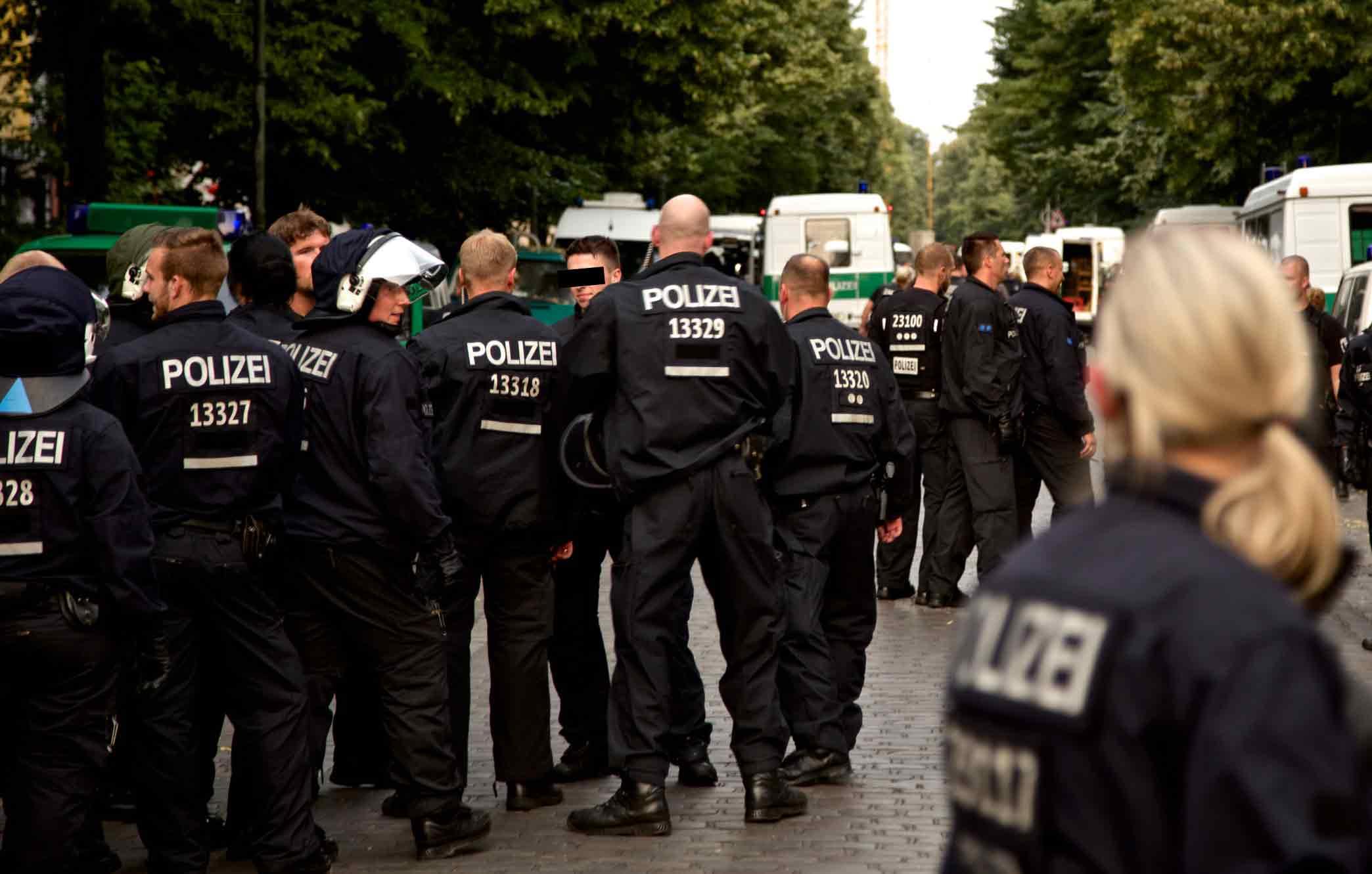 Wing Tsun bei Polizei und Militär – Foto: #Ohlauer Räumung / Protest 27.06.14 // Lausitzer / Reichenberger Straße von Markus Winkler / mw238 CC BY 2.0