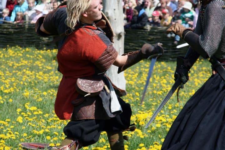 Das Wikinger Schwert war anderen Schwertern aus der Zeit weit voraus